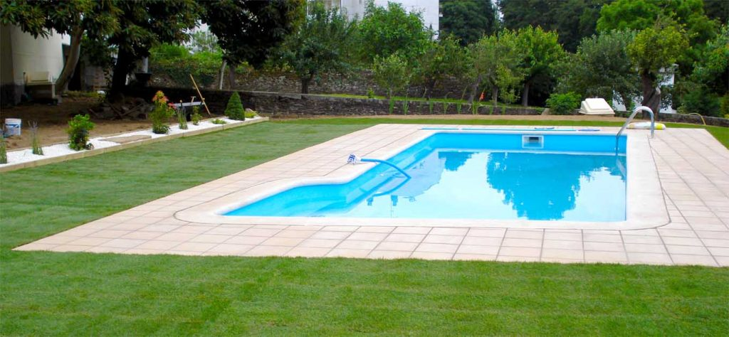 Piscinas rc negocios sac for Instalacion de piscinas